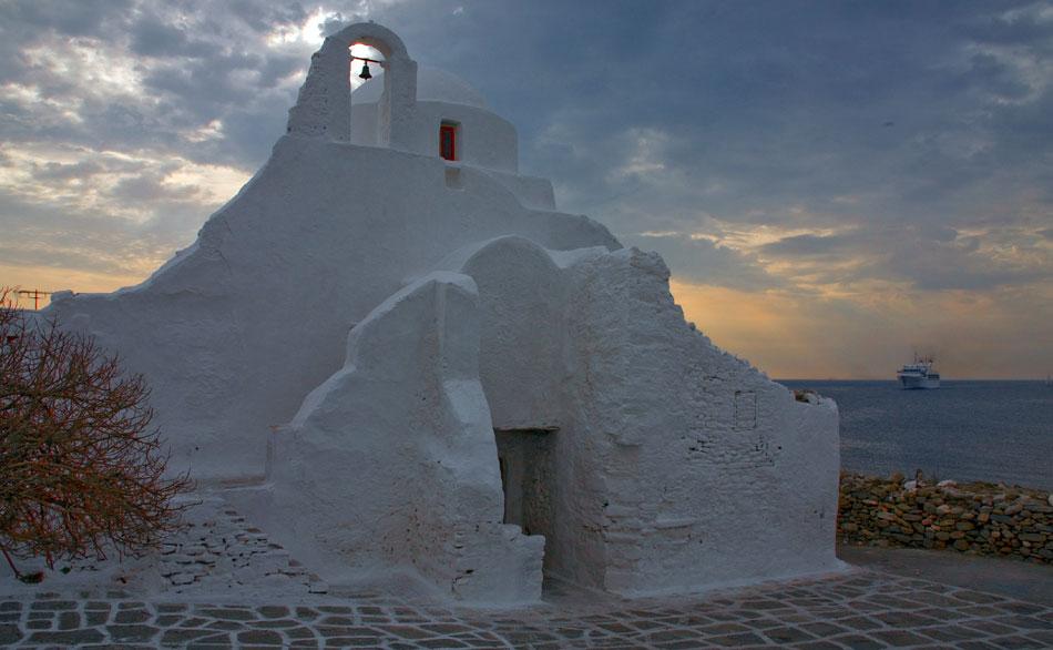 Бялата черква на остров Родос