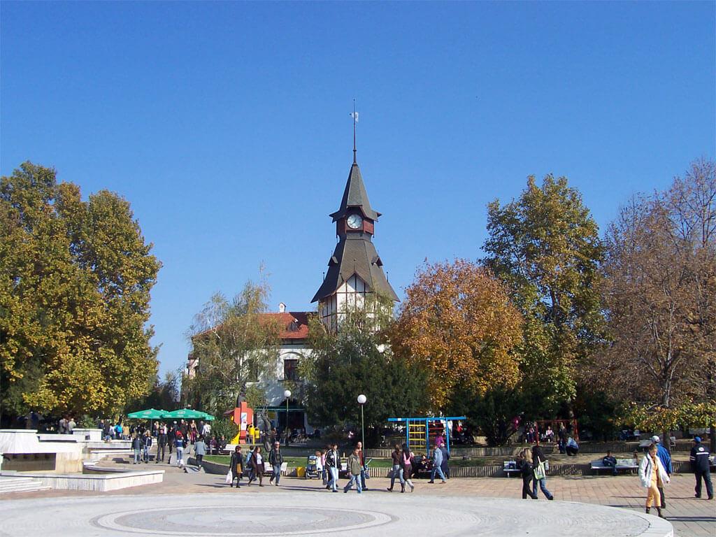 Часовникът в центъра на Пазарджик